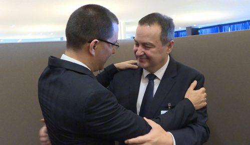 Dačić i Areasa: Podrška Srbije mirnom rešavanju krize u Venecueli 1
