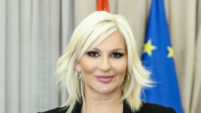 Mihajlović narandžastim autobusom otvara kampanju protiv nasilja nad ženama 2