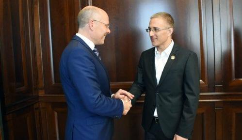 Stefanović sa poslanikom Bundestaga o saradnji policija Srbije i Nemačke 12
