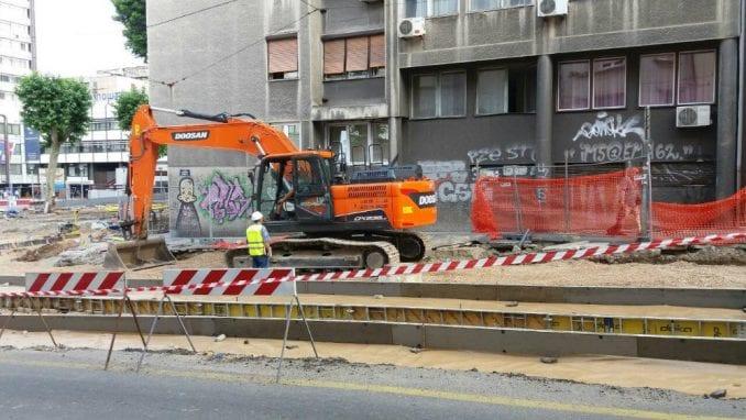 Bez tramvaja do jeseni 3