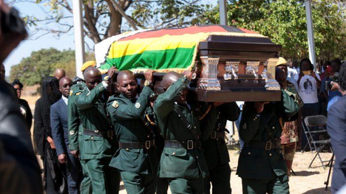 Sahranjen dugogodišnji lider Zimbabvea Robert Mugabe 3