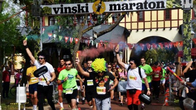 Trčanje, vino i odlična zabava na  Vinskom maratonu na Paliću 1