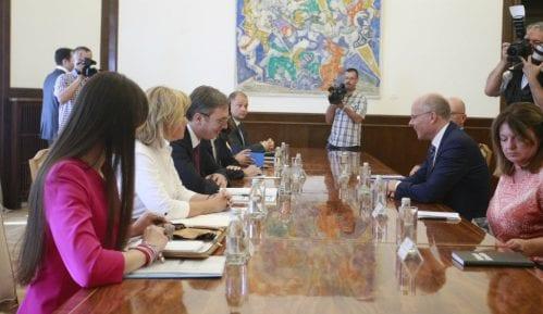 Vučić očekuje podršku Nemačke i EU za kompromisno rešenje Kosova 9