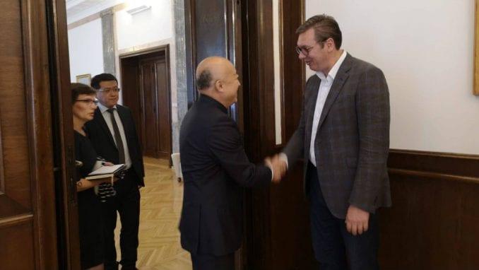 Vučić razgovarao sa direktorom muzeja u Pekingu o bilateralnoj saradnji 2