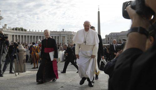 Papa upozorio direktore kompanija da veštačku inteligenciju koriste za opšte dobro 13