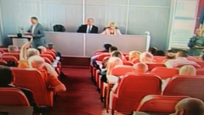 Skupština Niša priprema poslovnik koji će kazniti bojkot opozicije? 1