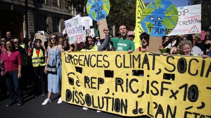 Incidenti i privođenja u Parizu gde je organizovano više demonstracija 1