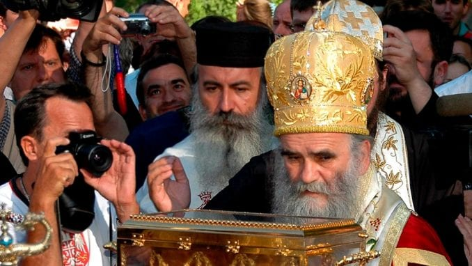 Amfilohije o Vučiću: Sram ga bilo, on će izdati Kosovo i Metohiju ako mu samo nešto daju 1