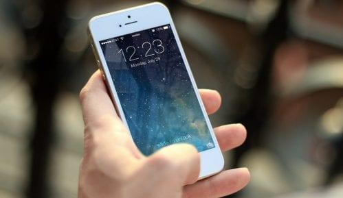 VIP: U novogodišnjoj noći razmenjeno skoro 10 miliona poruka 10