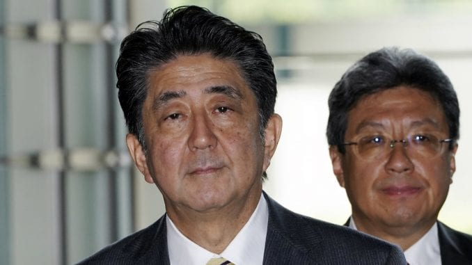 Japanski premijer rekonstruisao vladu da joj osveži imidž 1