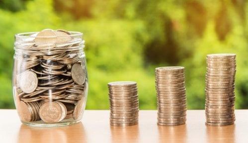 Mesečni rashodi domaćinstava u Srbiji za oko 200 dinara veći od primanja u novcu i naturi 5