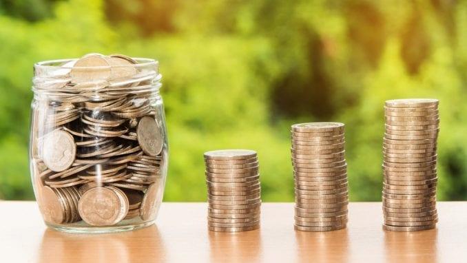 Za osam godina rast štednje u dinarima 400 odsto, a u evrima 32 odsto 4
