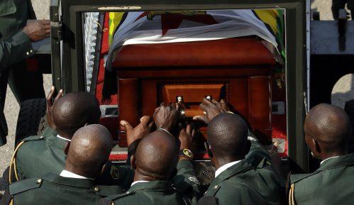 Mugabe će biti sahranjen u svom selu, a ne u mauzoleju 2