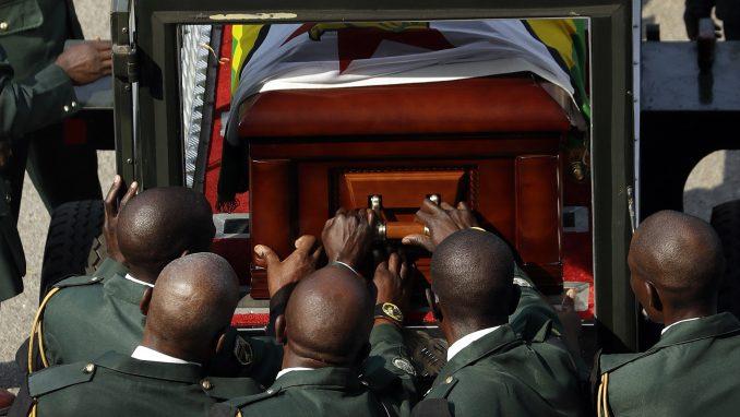 Mugabe će biti sahranjen u svom selu, a ne u mauzoleju 1