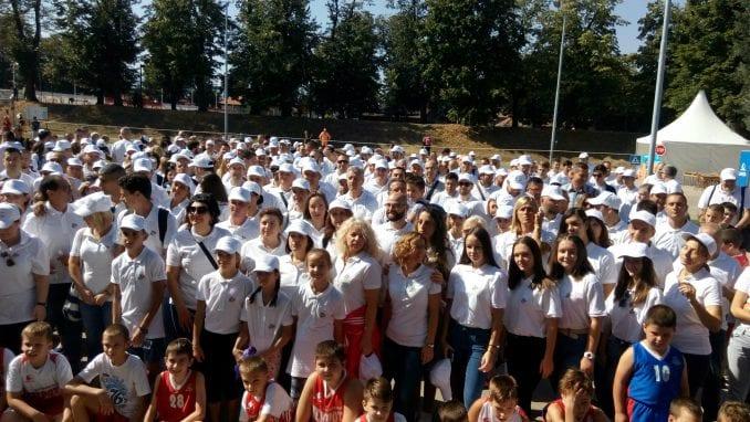 Humanitarna ''Šetnja dobrote'' u Pirotu okupila oko 2.000 šetača 4