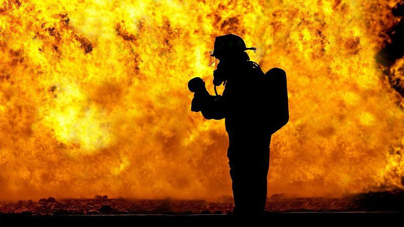 Požar u Segetu Gornjem kod Trogira u Hrvatskoj još nije pod kontrolom 1