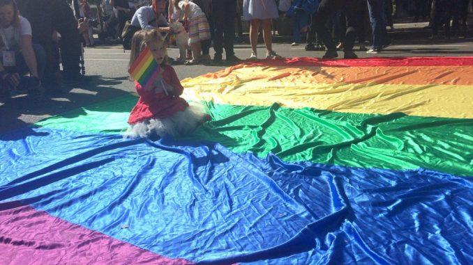 Više od 6.500 ljudi potpisalo peticiju za usvajanje zakona o istopolnim partnerstvima 5