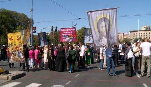 Protest protiv Parade ponosa 9