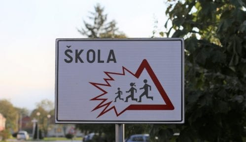Imamović (SDA Sandžak) traži od ministra prosvete da zaustavi diskriminaciju bošnjačke dece 14