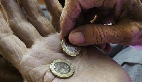 Domaćinstva bez dece u Srbiji u proseku imaju najveći rizik od siromaštva u Evropi 13