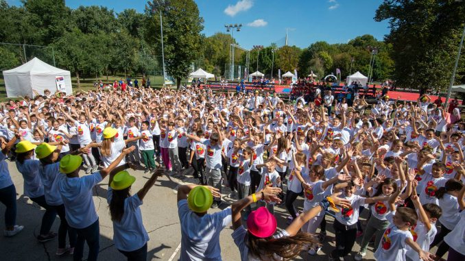 """Sportski dan"" na Adi Ciganliji okupio brojne mališane 3"