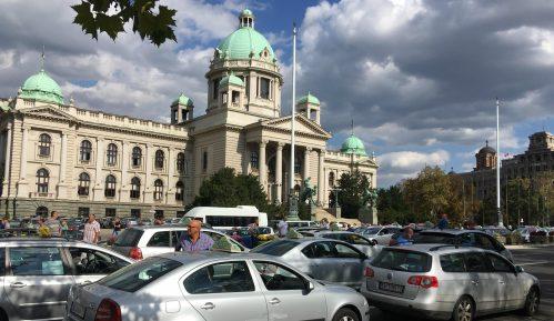 Taksisti počeli svakodnevne proteste (FOTO, VIDEO) 13