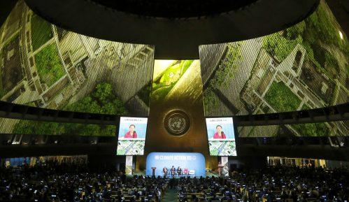 Greta Tunberg izgrdila svetske vođe na početku samita o klimi u UN  (FOTO) 5