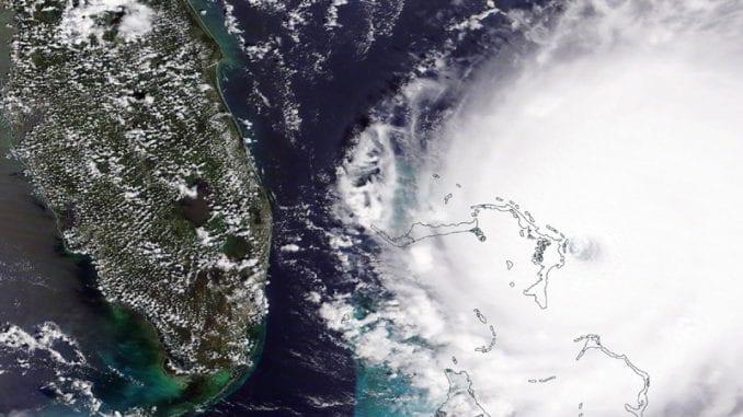 Uragan Sali kreće se na jugoistoku SAD 4