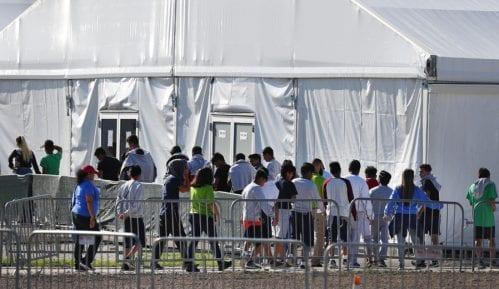 Izveštaj vlade SAD: Deca migranti razdvojena od roditelja pretrpela traumu 4