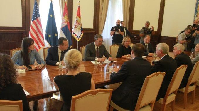 Vučić: Srbija ne može da prizna nezavisnost Kosova bez kompromisnog rešenja 1