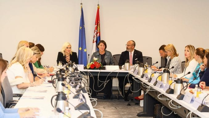 Mihajlović: Ohrabrimo žene da se uključe u sektor transporta 1