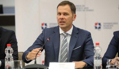 Mali: Veće zarade trasiraju put ka većem vrednovanju ljudskog rada u Srbiji 1