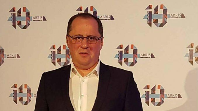 Poverenik SNS kupio hotel Srbija u Niškoj Banji 1