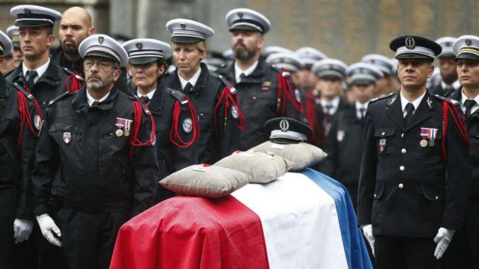 Francuska policija na ivici nervnog sloma 1
