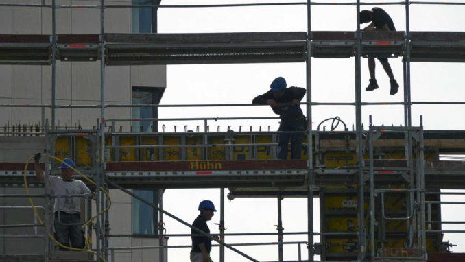Sindikati protiv novog zakona o bezbednosti na radu 4