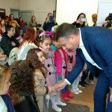 Deca kod gradonačelnika Pirota 8