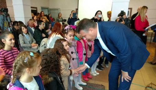 Deca kod gradonačelnika Pirota 2