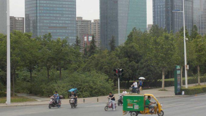 Kina (3): Od grada duhova do industrije 1