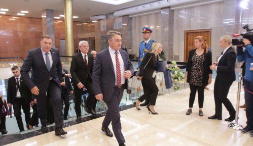 Džaferović i Komšić glasali za priznanje Kosova i protiv premeštanja ambasade u Jerusalim 6
