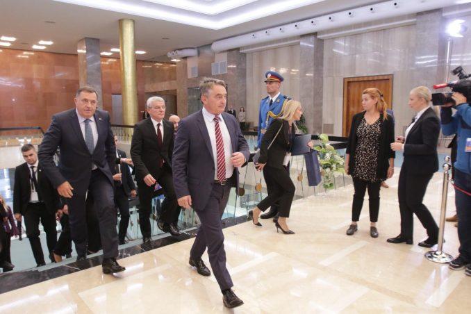 Džaferović i Komšić glasali za priznanje Kosova i protiv premeštanja ambasade u Jerusalim 1