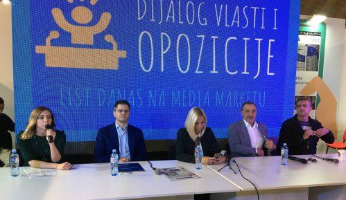 Predstavnici opozicije: Vlast nema hrabrosti za razmenu mišljenja 12