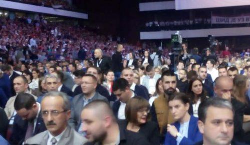 SNS platila milion dinara za zakup SPENS-a 8
