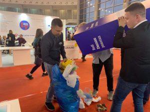 Na sajmu 2.500 ljudi zamenilo plastične kese cegerima (VIDEO) 2