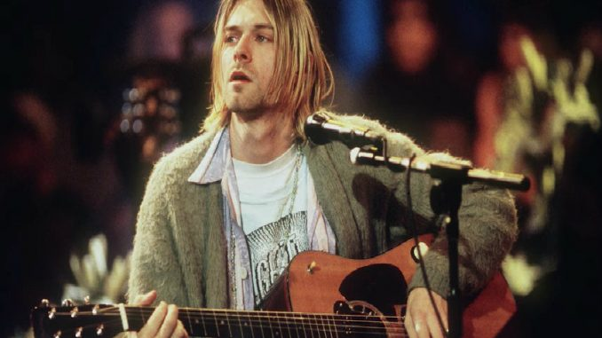 Na aukciji vuneni džemper koji je Kurt Kobejn nosio na koncertima 1