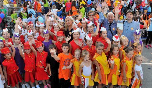 Jubilarna pedeseta Međunarodna manifestacija dece Evrope ,,Radost Evrope'' 13