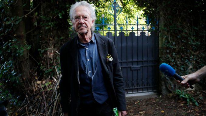 Švedski akademik će bojkotovati dodelu Nobelove nagrade Peteru Handkeu 1