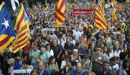 Hiljade na protestima u Kataloniji povodom godišnjice referenduma o secesiji 13