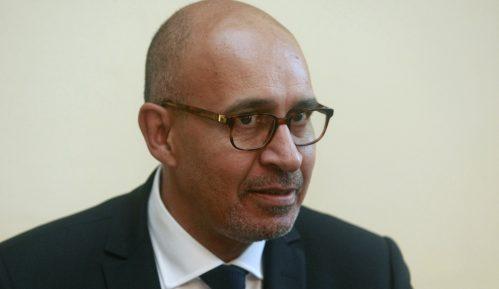 Dezir osudio incident sa novinarima Televizije N1 u Srbiji 7