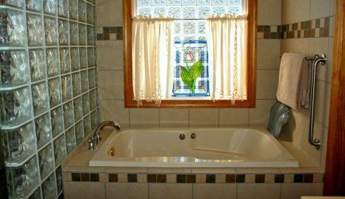 Loše navike kod čišćenja kupatila i kako ih se rešiti 4