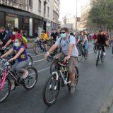 Grupa biciklista danas blokirala Karađorđevu ulicu na pola sata 14